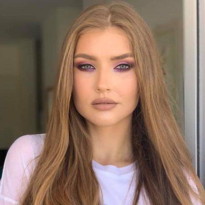 Lina White- (18)